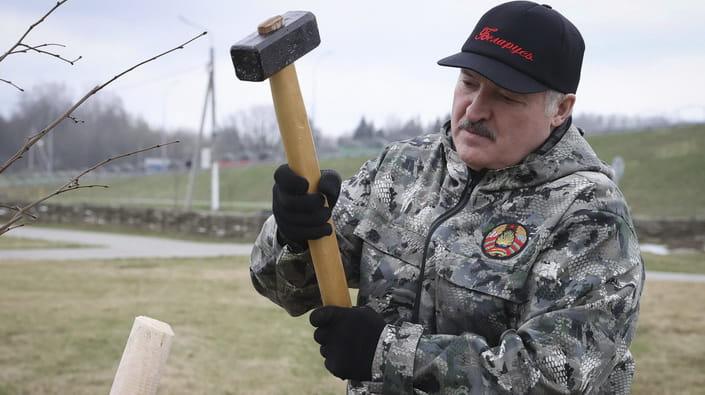 """Вбити Лукашенка: навіщо Росії створювати """"заколот"""" білоруської опозиції"""