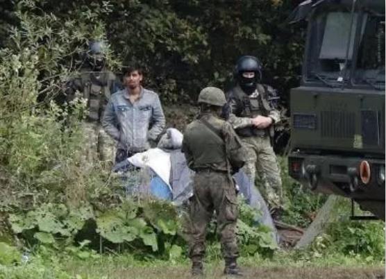 Мигранты как оружие. Лукашенко криминализирует Беларусь